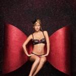 bar-refaeli-joue-lingerie-sexy-passionnata-2014-17