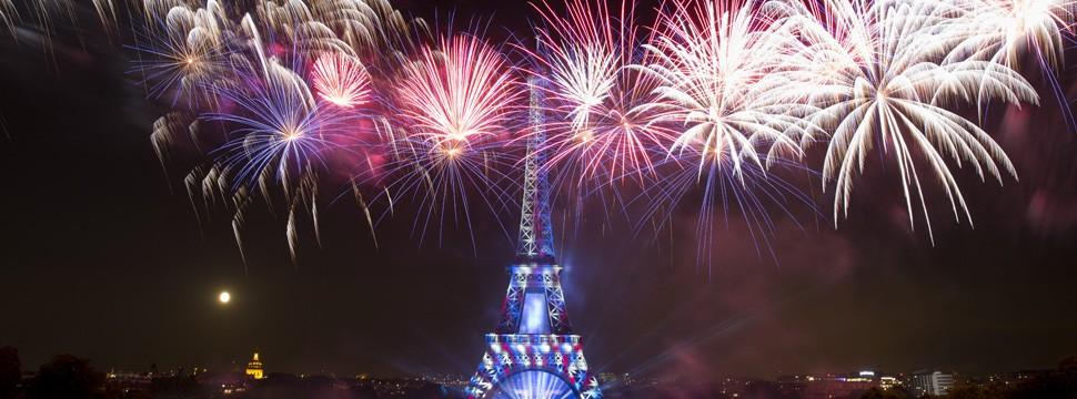 feu s'artifice 14 juillet 2014 Paris Tour Eiffel