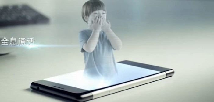 Estar Takee, le smartphone avec hologramme 3d