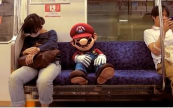 Super Mario se balade dans Tokyo avant la bataille Smash Bros