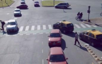 RUSH HOUR, une vidéo qui s'amuse avec le trafic et la circulation