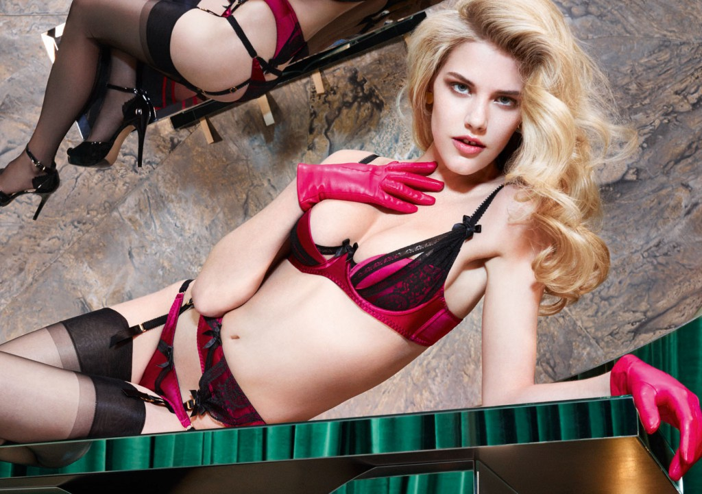 agent-provocateur-le-salon-house-rules-2014-07
