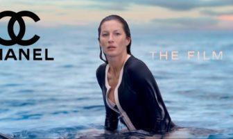 Gisele Bündchen en surfeuse pour Chanel N°5