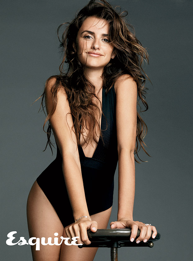 penelope-cruz-femme-plus-sexy-2014-esquire-05