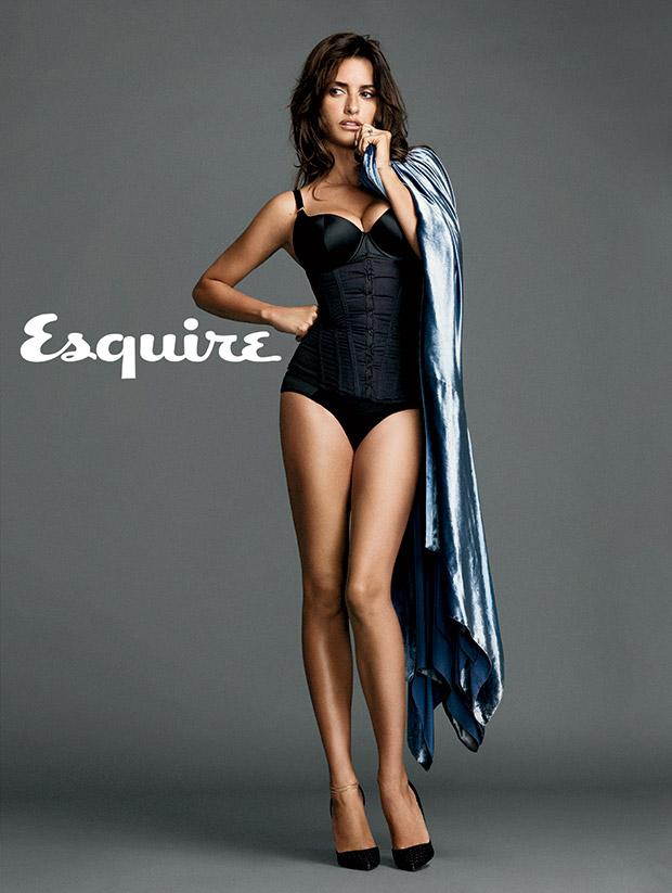 penelope-cruz-femme-plus-sexy-2014-esquire-10