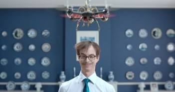 le drone anti-pellicules de head & shoulders