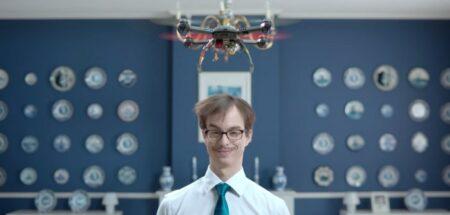 le drone anti-pellicules de head & shoulders