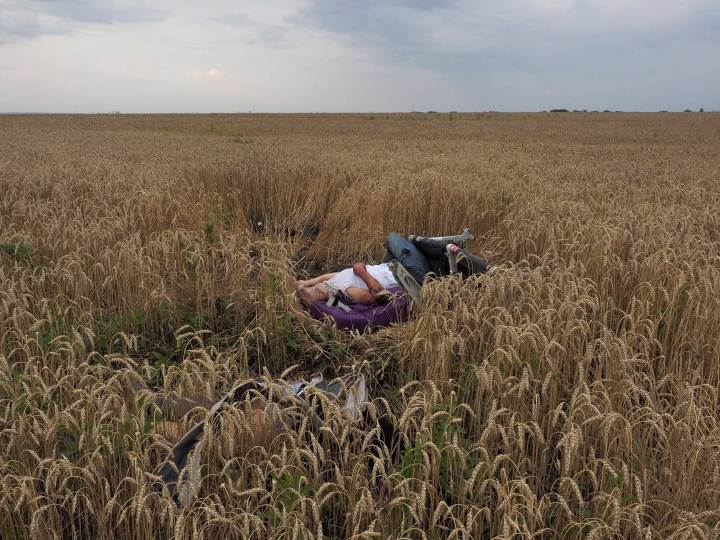 10/ Jerome Sessini. Torez, Ukraine. 17 juillet 2014.