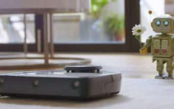 Un robot jouet tombe amoureux d'un aspirateur robot