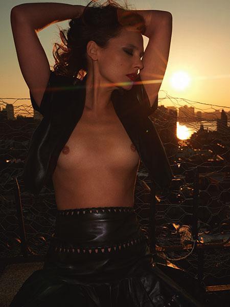 """Virginie Ledoyen nue New-York - Photo parue dans """"Lui"""" n°16 par Terry Richardson"""
