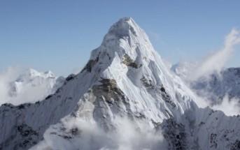 Himalaya : découvrez le toit du monde depuis un hélicoptère