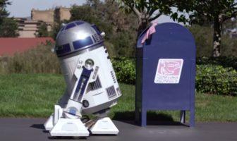 Artoo In Love : R2-D2 tombe amoureux d'une boite aux lettres