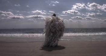 Ocean = Amazing, le clip en stop-motion de Dirt Bikes par Tobias Stretch