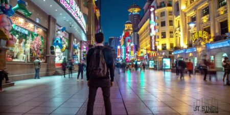 Walk in Shanghai : timelapse de JT Singh