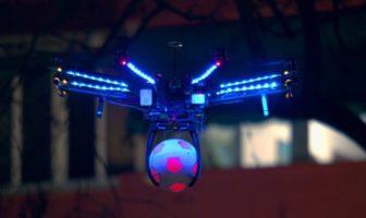 le drone arbitre de football par pespi max