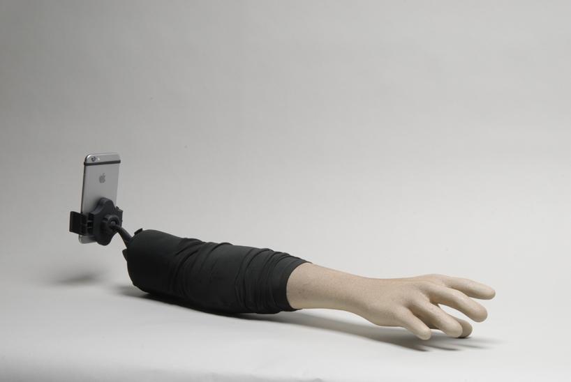 selfie-arm-perche-bras-selfie-stick-01
