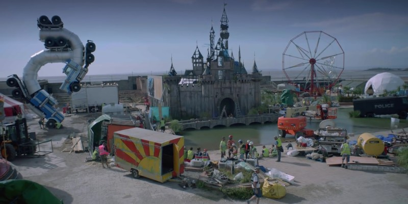 Dismaland : le faux par d'attraction satirique de Banksy