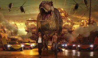la pub EA Madden NFL 16 avec un T-Rex