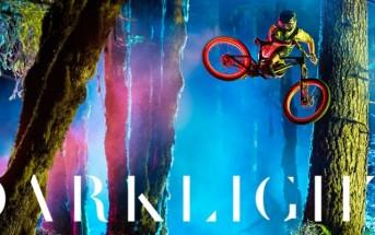 Darklight : le film qui sublime le VTT avec des lumières colorées
