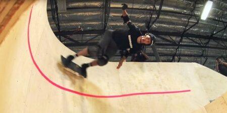 Tony Hawk looping horizontal skate