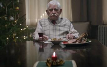 Un vieil homme seul pour Noël : l'émouvante pub Edeka