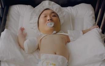 Psy se transforme en bébé dans le clip déjanté 'Daddy'
