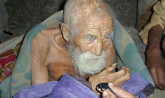 Mahashta Murasi est un indien de 179 ans qui dit être l'homme le plus vieux du monde et de l'histoire de l'humanité