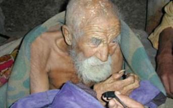 """Un homme de 179 ans découvert en Inde : """"la mort m'a oublié"""""""