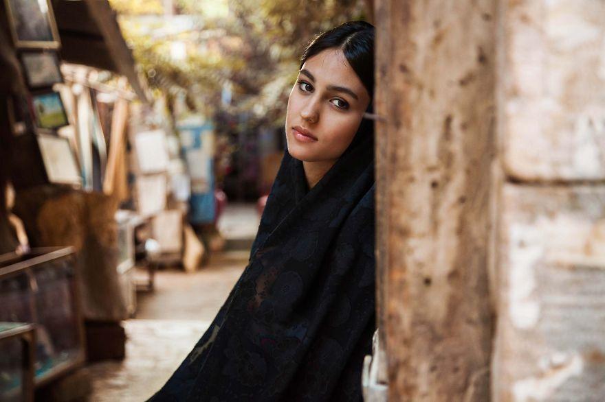 The Atlas of Beauty : femme de Shiraz, Iran