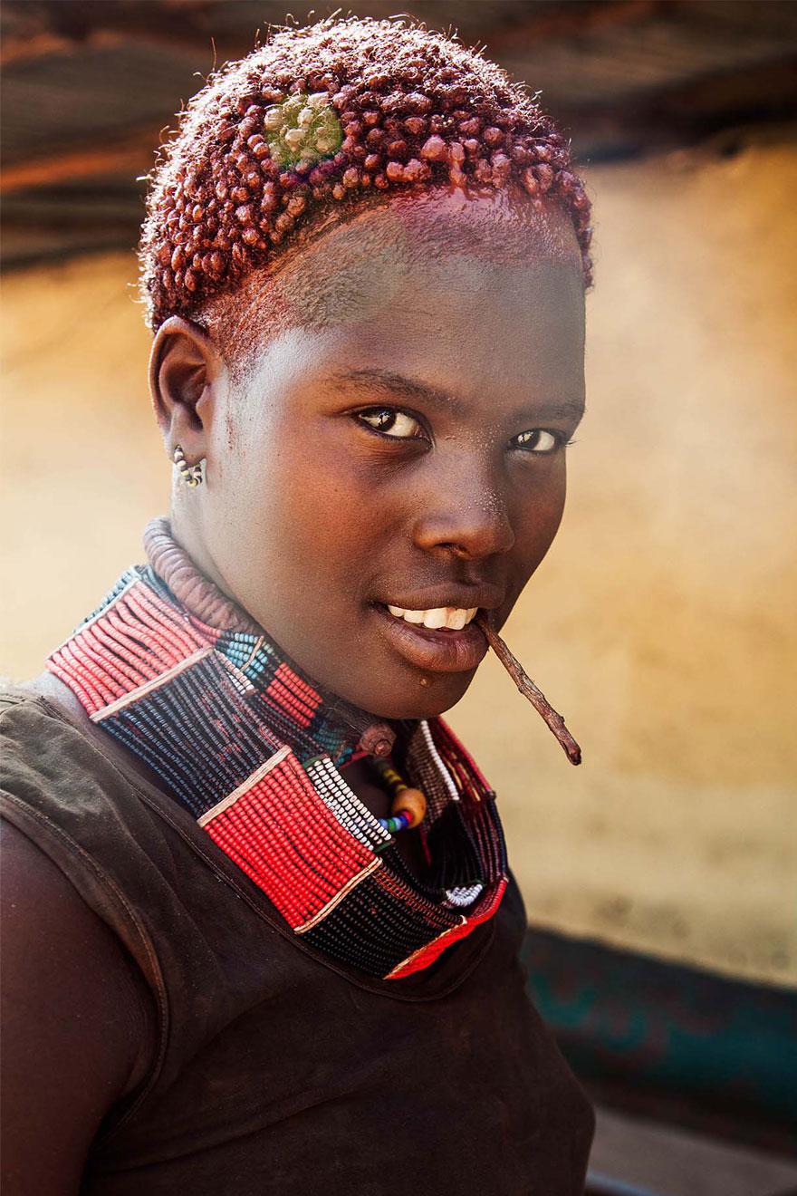 The Atlas of Beauty : femme de la Vallée Omo, Ethiopie