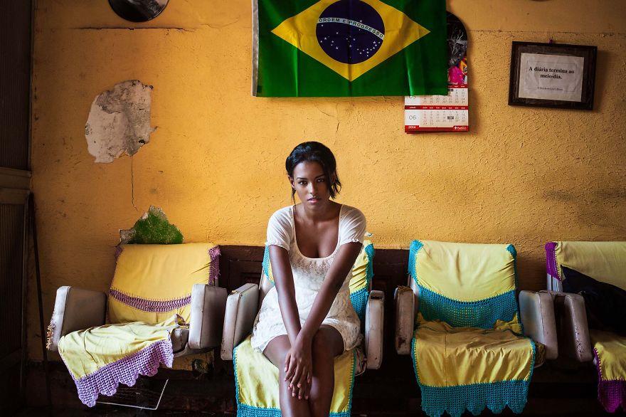 The Atlas of Beauty : femme de Rio de Janeiro, Brésil