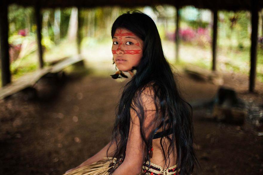 The Atlas of Beauty : femme de la forêt Amazonienne