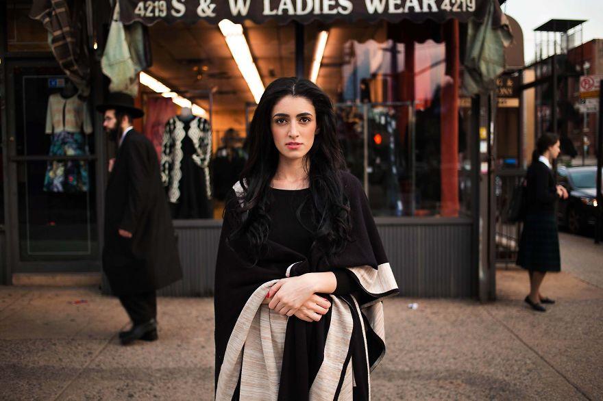 The Atlas of Beauty : femme de New-York, USA