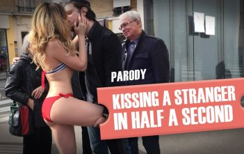 Embrasser une inconnue en une demi-seconde (parodie) / Kissing a girl prank (GONE SEXUAL) parody
