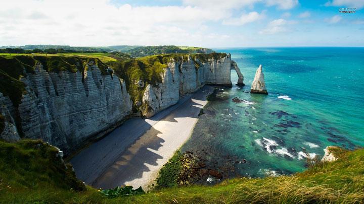 Les falaises d'Etretat en Normandie, France