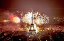 feu d'artifice du 14 juillet 2016 à la tour eiffel à Paris