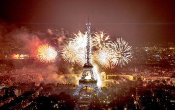 Vidéo : revoir le feu d'artifice du 14 juillet 2016 à la Tour Eiffel Paris
