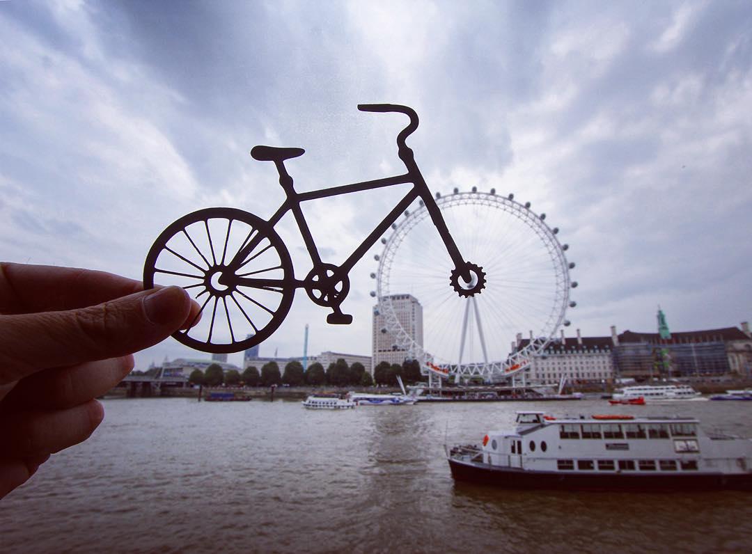 paperboyo : cycling londoneye