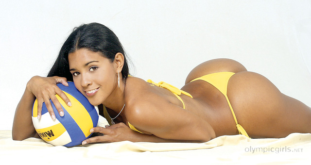 Jaqueline-Carvalho-Volley-ball-Bresil-03