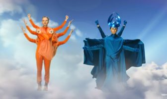 Empire Of The Sun - High And Low : un clip psychédélique et WTF
