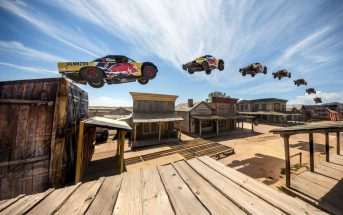 115m : il bat le record du monde du saut le plus long en 4x4 !