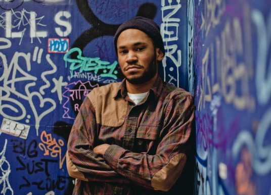 """Kaytranada prince à New-York dans le clip """"You're the one"""" feat. Syd"""