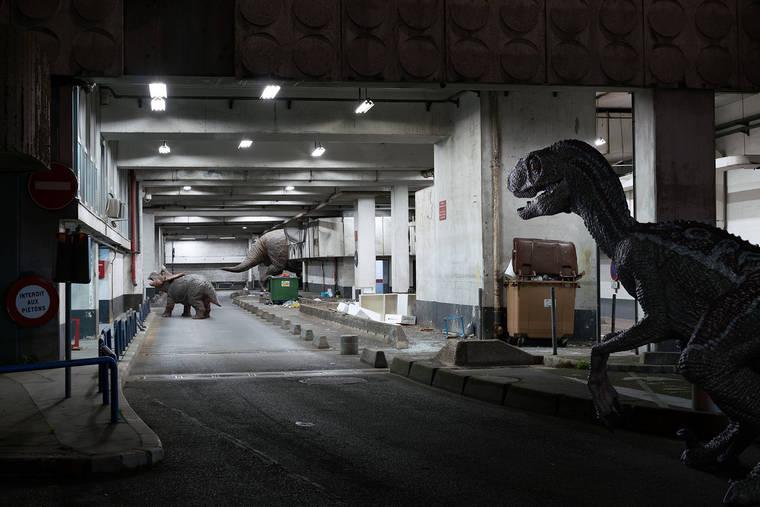 benoit-lapray-the-wildlife-dinosaures-la-defense-07