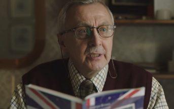 Cette pub de Noël sur un grand-père polonais qui apprend l'anglais est très émouvante