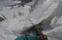 Le snowboarder Tom Oye pris dans une avalanche