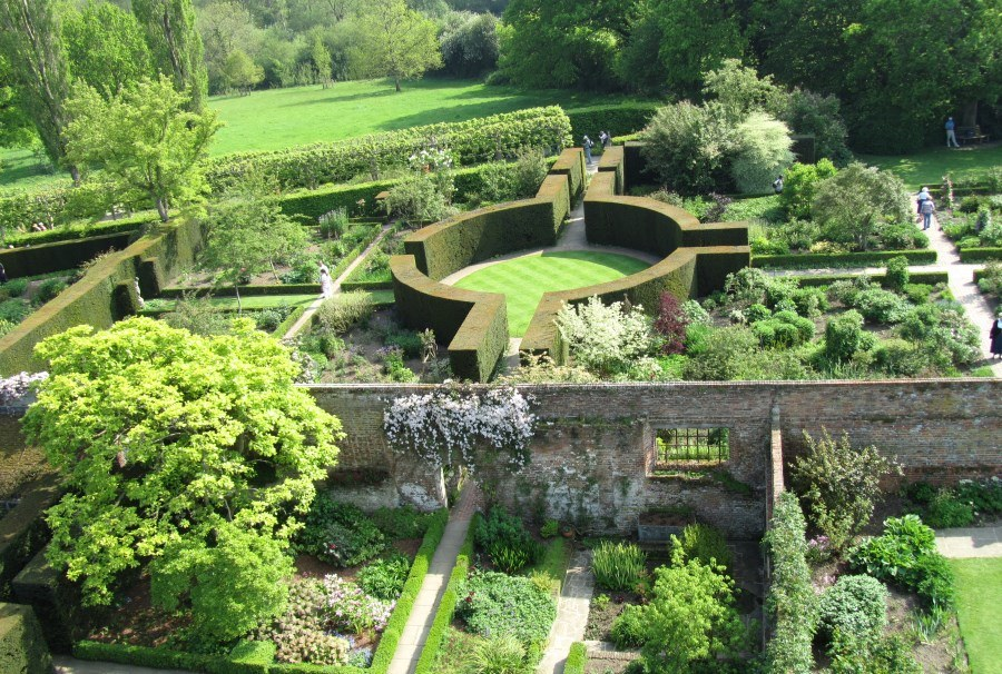 château de Sissinghurst et son jardin