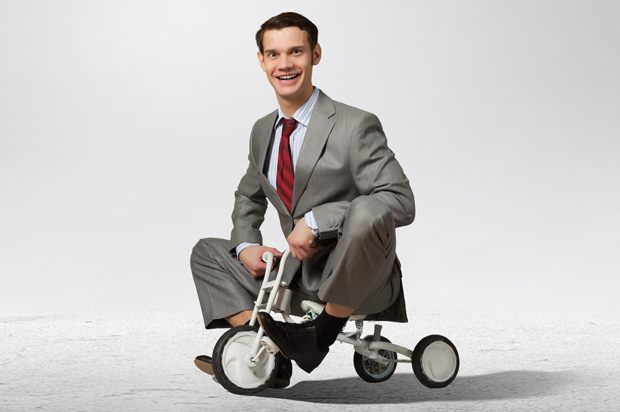 homme tricycle