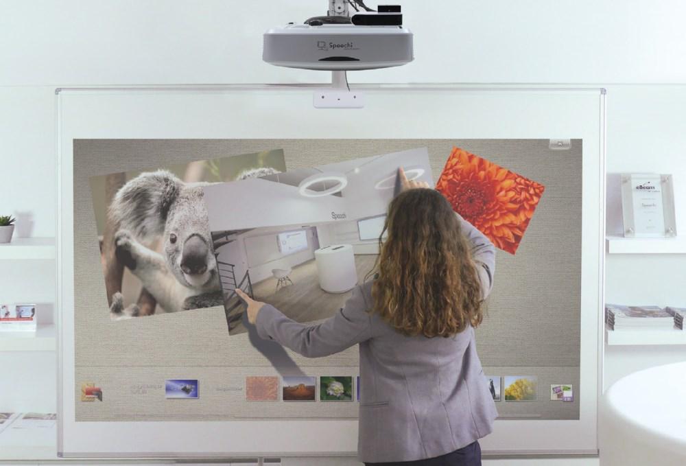 vidéoprojecteur interactif à ultra-courte focale