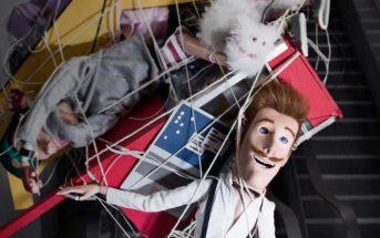The Internet of S**t : une marionnette se moque des objets connectés