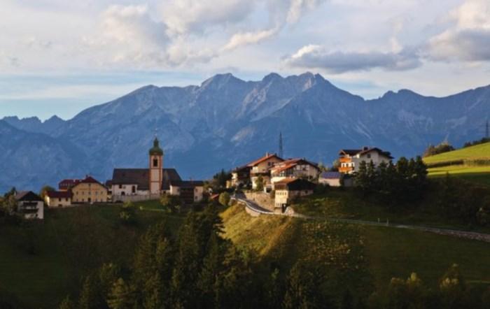 Village de charme dans la montagne près de Innsbruck